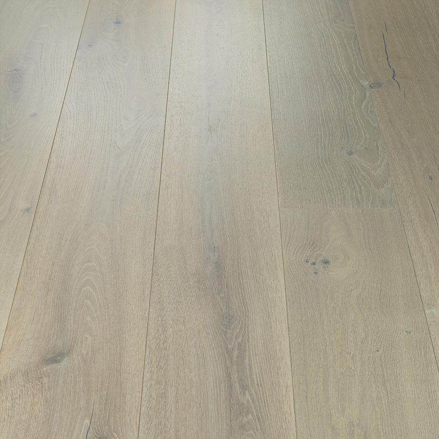 Avenue Sunset Oak by Hallmark Floors Vignette